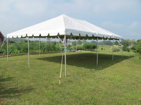 Frame Tents have more open space inside with no interior center poles. That means more room for seating dancing and entertainment. Sizes 10u0027 x 10u0027 to a ... & Art Craft Display